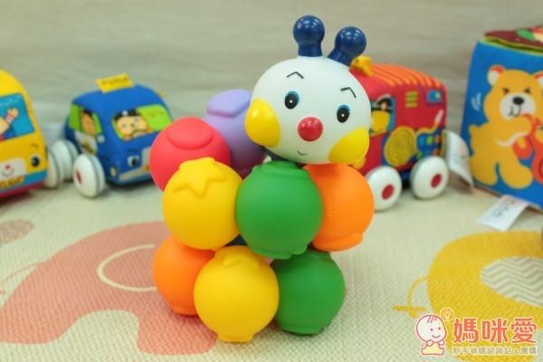 K's Kids Chain-an-inchworm 彩色安全積木:可愛的毛毛蟲