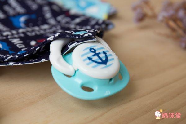 日本布料X台灣製造 【 YODA 優の寶貝 】扣扣兜 / 手帕兜巾 / 氣墊口水巾