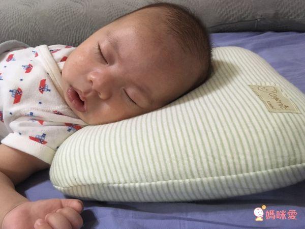 日本 Combi 有機棉護頭枕 / 護頸枕 / 兒童枕
