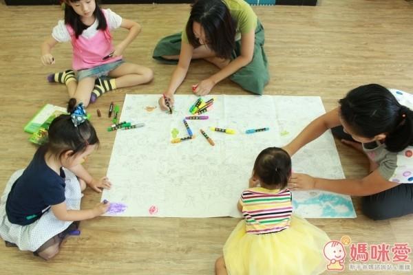 西班牙Joan Miro塗鴉