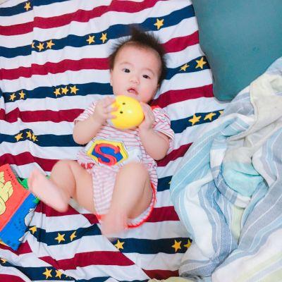 時報出版(小時報) - BABY圖卡(七入)-0歲圖卡:0歲baby+生活用品篇+1歲圖卡:動物+蔬果+交通工具+海洋+2歲baby職業圖卡 by 楊翊瑄