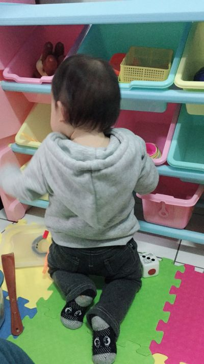 WOOHOO - 兒童玩具收納櫃-四層寬版-粉側板-含大小收納盒 by makani