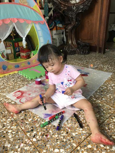 西班牙 Joan Miro - 西班牙兒童絲滑蠟筆-24色 by 周黛安