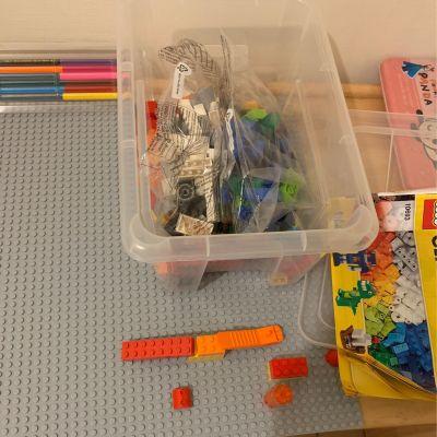 樂高LEGO - 【LEGO樂高】經典系列/10701 灰色底板 by Vanessa Chang