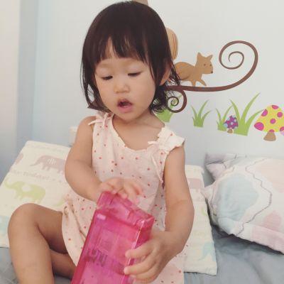 加拿大 Drink in the Box - Tritan兒童戶外方形吸管杯-藍色 (355ML) by Apple Liou