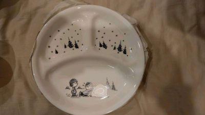 美國康寧 CORELLE - 史努比個人餐具3件組-10吋分隔盤+500ml碗+馬克杯 by Lesly