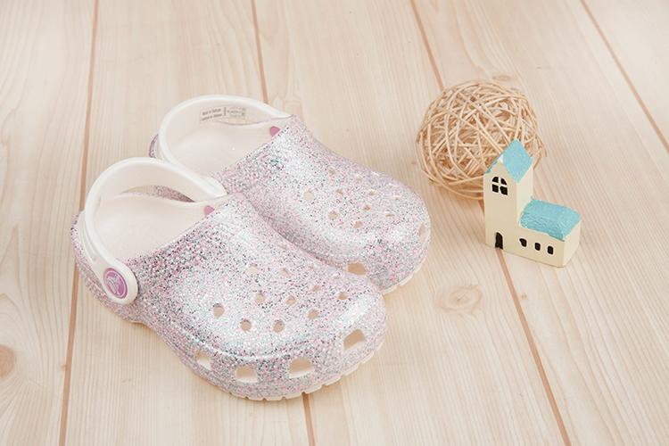 Crocs卡駱馳經典閃亮牡蠣粉色兒童布希鞋