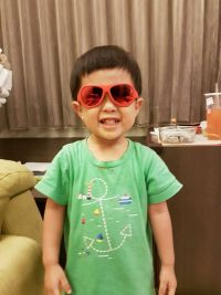 瑞士 SHADEZ 兒童時尚太陽眼鏡 ✖ 抗藍光眼鏡 鏡架可彎折設計,不怕寶寶不小心折斷!0~12歲都能戴,超『夏』趴! by Yihsuan Wu