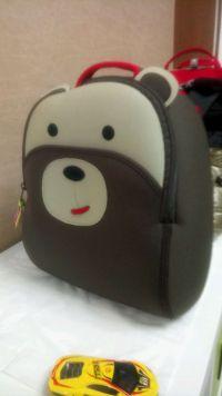 美國 Dabbawalla 瓦拉包 比手機還輕的小童包☀潛水布還可直接機洗不變形♫防走失包/手提包/文具袋 by Carollin Liao