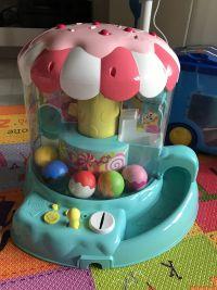 【日本TAKARA TOMY】米奇系列玩具 刺激寶貝五感發展!✿迪士尼自動販賣機 / 跟著米奇爬爬樂 / 音樂方向盤 / 球球抓抓機 ❤ 0~3Y以上寶貝! by 小涵
