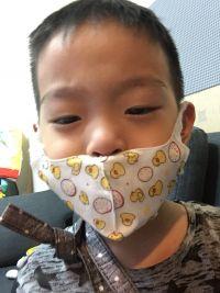 自在科技 台灣製造 3D 兒童 / 成人立體口罩 三層 / 四層防護口罩,乾爽舒適、不含螢光劑,通勤時間必備! by 丞軒