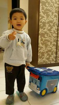YoDa 救援小英雄波力收納嚕嚕車 ✕ 收納箱 韓國正版授權,用途多元!還可當作小椅子、小車車! by 江惠瑜