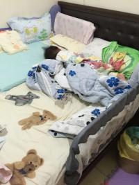 YODA 床邊護欄 / DIY防撞泡棉包覆條 不怕半夜滾下床 寶寶安心睡❤還有可隨意剪裁更換的防撞泡棉❤幫寶寶封印所有危險角落 by 葳妮