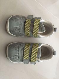 日本 Combi 機能鞋新款上市x水涼鞋 / 機能鞋出清特惠 高品質嚴格把關,專為幼兒腳丫發育設計,配色可愛好搭,出清款最低59折起! by ZZZ
