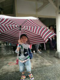 【Rainstory】超大防雨防風自動親子傘 / 親子雨衣 122cm 超大防潑水傘翼 ☂ 單手開闔好輕鬆~ by 廖月君