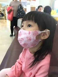 【藍鷹牌】MIT  幼童(2-6歲) 三層立體防塵口罩 寶貝戴一整天也好舒適~阻隔 0.3 微米細粉塵 95% 以上!貼合臉型不悶熱 by 何小直